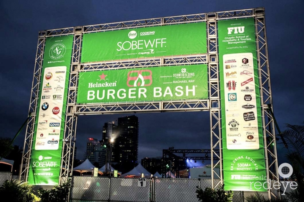 6-burger-bash-marquee2_new